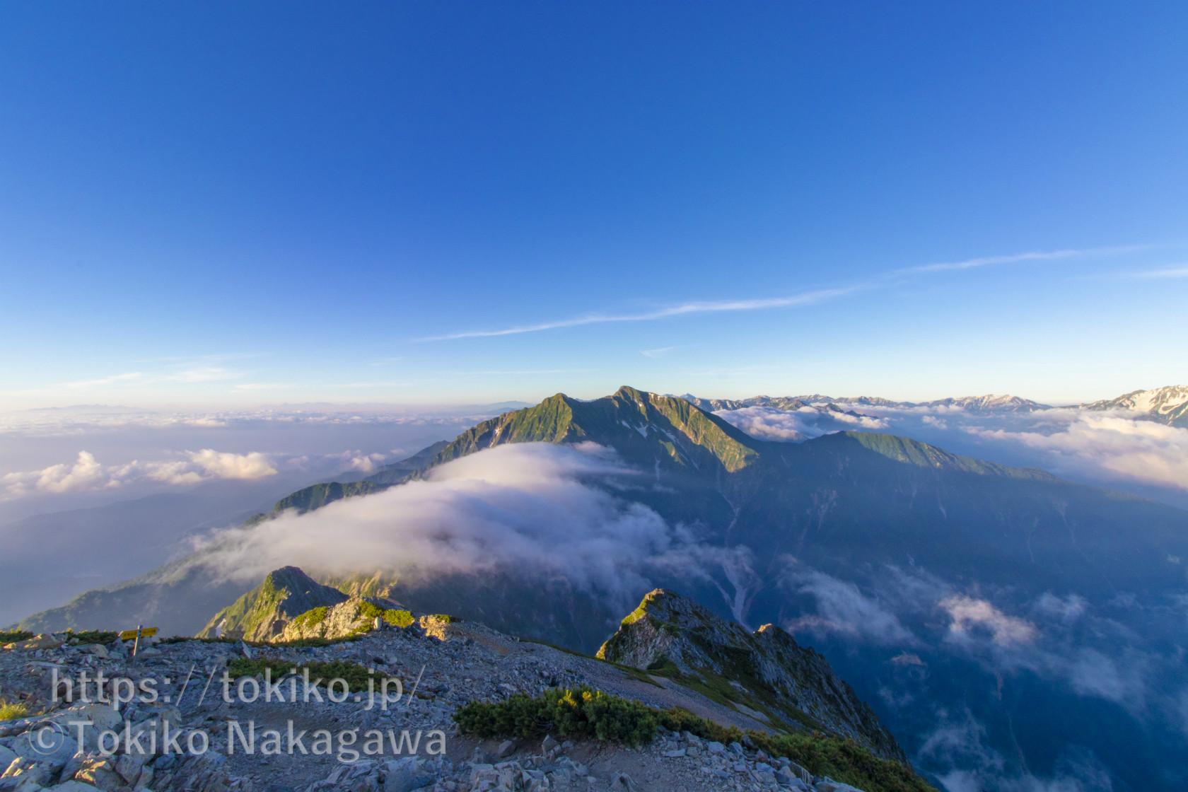 唐松岳~五竜岳|五竜岳から見る雲海とモルゲンロート