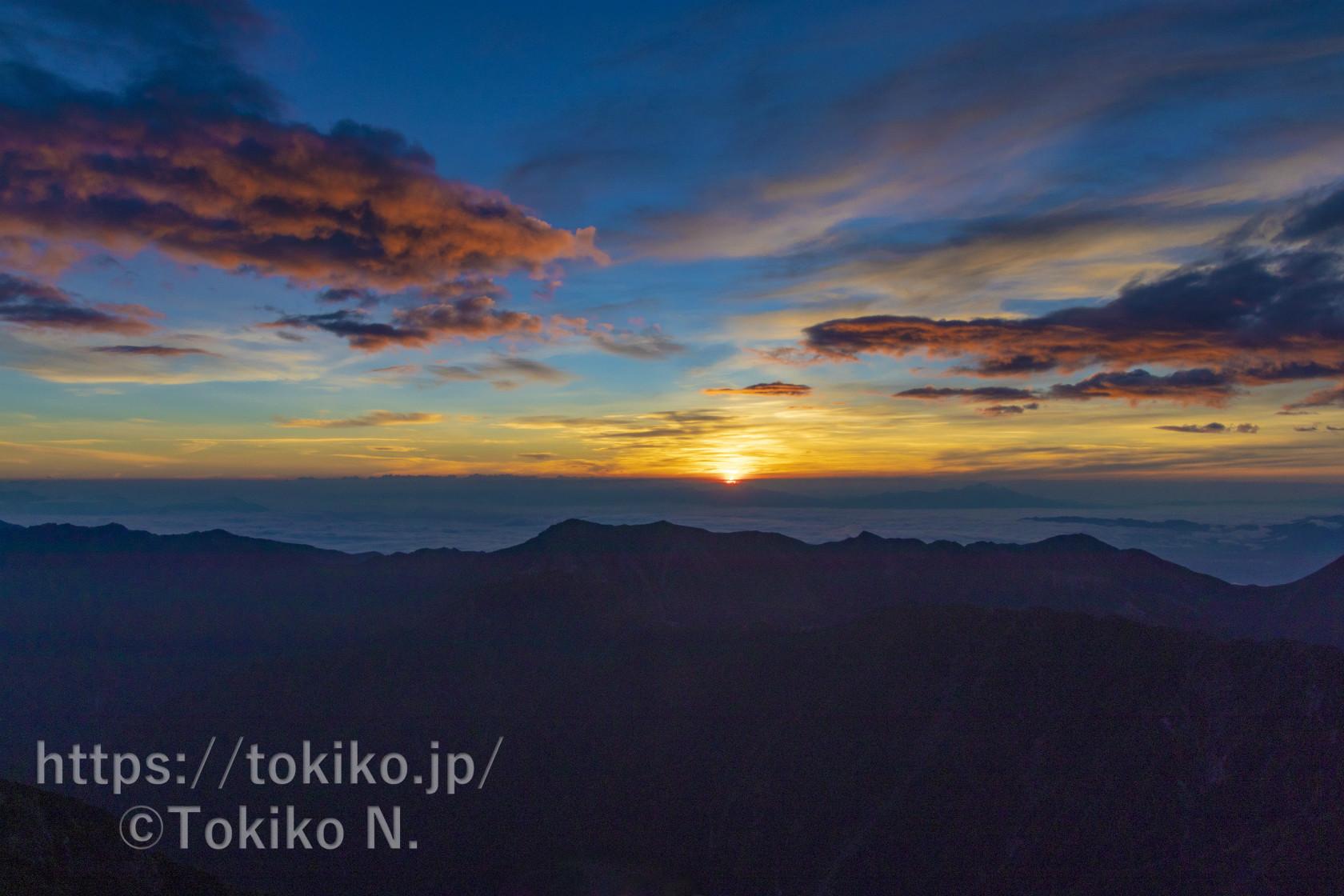 槍ヶ岳|山頂からのご来光と西鎌尾根からの景色