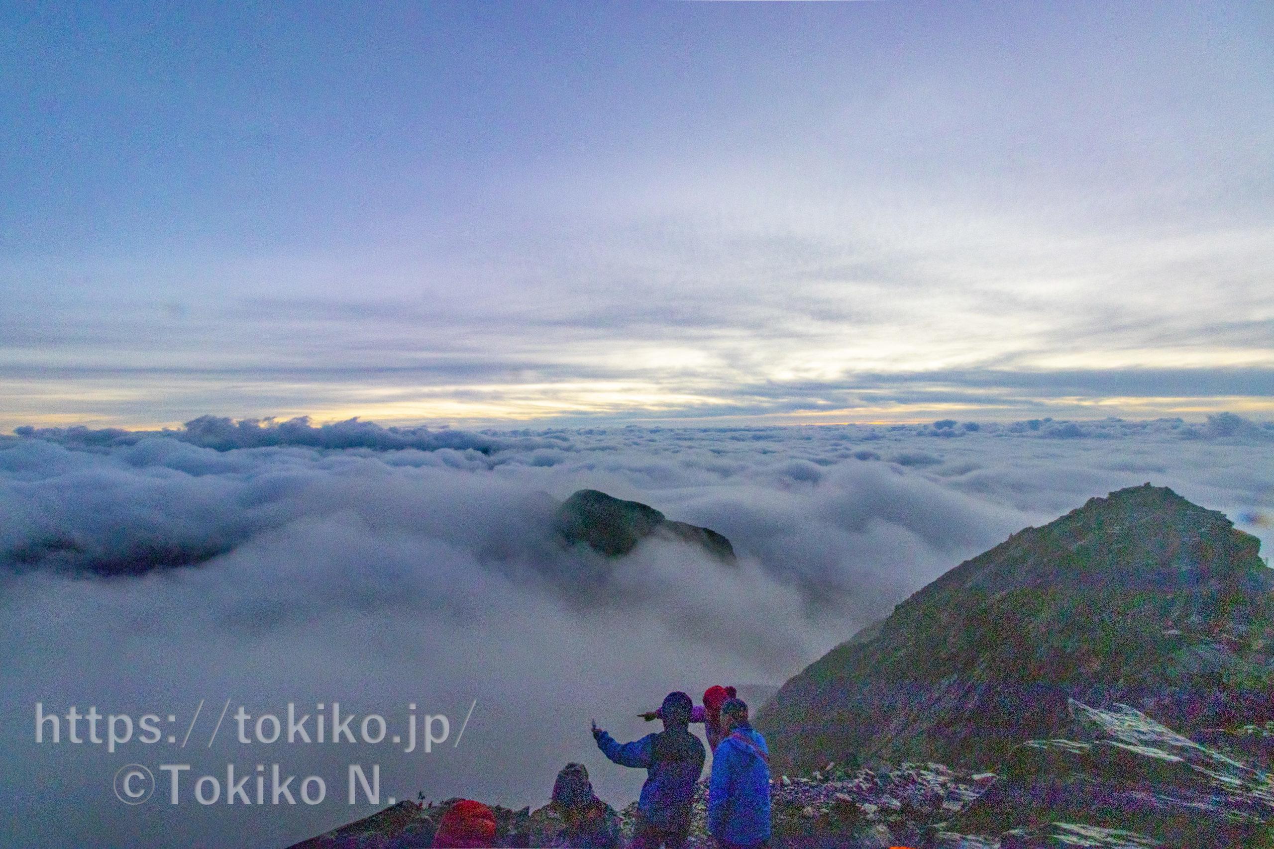 台湾最高峰玉山主峰(3952m,旧名:新高山)|塔塔加よりピストン